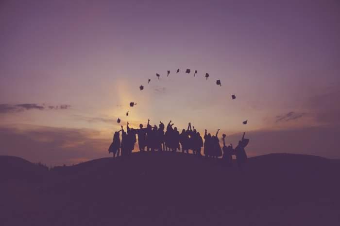 社会人向けWebデザインスクール5選【働きながら学べるスクール】