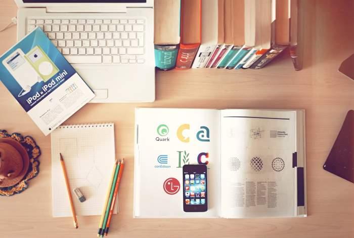 """【より効率的に】Webデザインを""""本以外""""で勉強するおすすめな方法"""