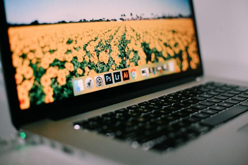 Adobe CCを安く買うには?お得に購入できる方法をご紹介!